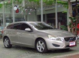 ขายรถ 2014 Volvo V60 1.6 DRIVe รถเก๋ง 5 ประตู