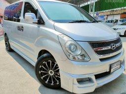 รีบจองด่วนช้าอดราคานี้ Hyundai H1 รุ่น deluxe  ปี 2010 หรูหราราคาประหยัดมาก