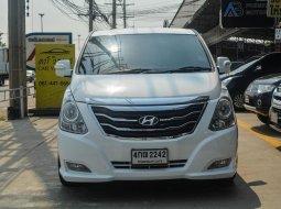 2015 Hyundai Grand Starex 2.5 (ปี 10-17) Premium  🌈มีรถรุ่นนี้ให้เลือกถึง 5คัน🌈