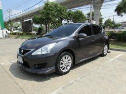 2015 Nissan Pulsar 1.6 V A/T รถเก๋ง 5 ประตู