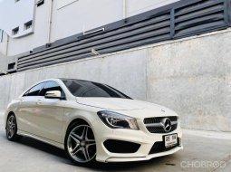 ขายรถ Mercedes-Benz CLA 250 ปี2014 รถเก๋ง 4 ประตู
