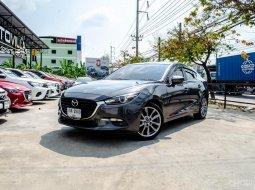 ขายด่วน!! Mazda 3 2.0S Sedan รถสวยสภาพป้ายแดง เจ้าของมือเดียวดูแลดีมากๆ สภาพใหม่มาก สีดำเข้มสวยมาก ต้องรีบจัดแล้ว