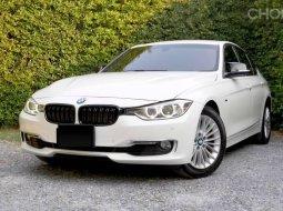 BMW 320i Luxury Line 2014