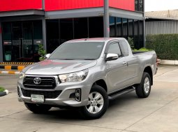 2015 TOYOTA HILUX REVO 2.4J PLUS SMART CAB PRERN MT