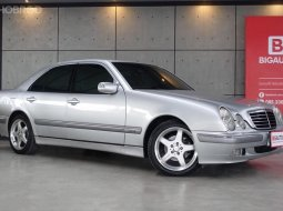 2002 Mercedes-Benz E200 Kompressor 2.0 W210 Sedan AT (ปี 95-03) P3453