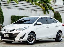 Toyota Yaris Ativ 1.2J auto