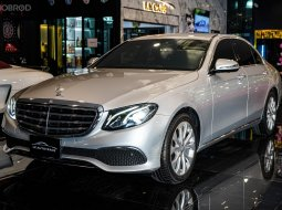 Mercedes-Benz E220d  W213 Exclusive Sedan 2017