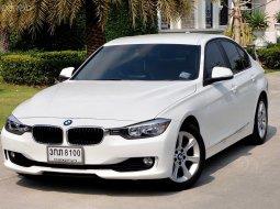 BMW series3 320I F30 ปี 2014 Auto เบนซิล สีขาว