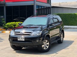 TOYOTA FORTUNER 3.0V AT 4WD ปี 2005 ดีเซล