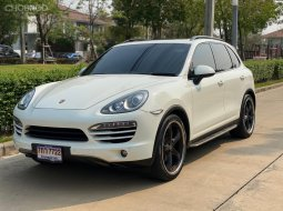 2012 Porsche CAYENNE Diesel รถเก๋ง 5 ประตู