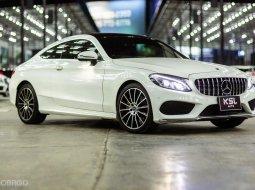 2018 Mercedes-Benz C 250 AMG รถเก๋ง 2 ประตูรถมือเดียว เบาะแดง ไมล์ 3x,xxx km เช็คศูนย์ตลอด วารันตรีศูนย์เหลือปลายปี ถึง 2021