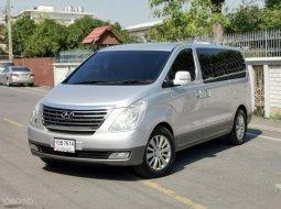 2011 HYUNDAI GRAND STAREX, 2.5 VIP เกียร์ออโต้ เครื่องยนต์ดีเซล
