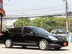 2010 Nissan TEANA 2.5 250 XV Sport รถเก๋ง 4 ประตู