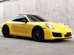 จองด่วน Porsche CarreraS 991.2 Turbo 2017 ไมล์ 1x,xxx km รถศูนย์ AAS  วารันตีถึง 2026  Full options