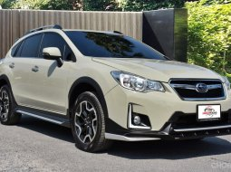 2016 Subaru XV 2.0 i-p ตัว top สุด Warranty ถึง 2022 ไมเนอร์เชนจ์แล้ว