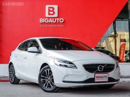 2017 Volvo V40 2.0  T4 Wagon AT (ปี 13-16) P1639