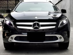 2015 Mercedes-Benz GLA200 Urban มือเดียว ไมล์ 4x,xxx km.