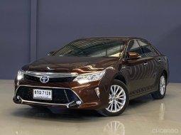 2017 Toyota CAMRY 2.5 Hybrid รถเก๋ง 4 ประตู