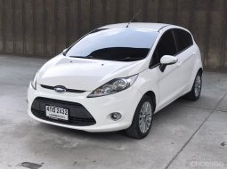 2015 Ford Fiesta 1.5 Trend 5 ประตู รถสวยมือเดียว ไม่เคยติดแก๊ส