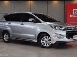 2017 Toyota Innova 2.8 Crysta G Wagon AT (ปี 16-20) B4044