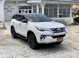 Toyota Fortuner 2.4 V ปี 2017