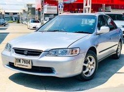 2000 Honda ACCORD 2.2 EXi รถเก๋ง 4 ประตู