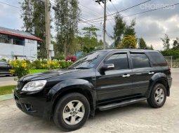 2010 Ford Escape 3.0 XLT 4WD SUV
