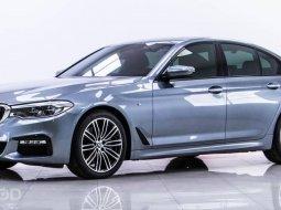 ออกรถ0บาท ฟรีดาวน์ฟรีประกัน BMW 530i LIMOUSINE 2.0 RHD M SPORT AT ปี 2018 (รหัส 1R-4)