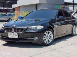 2014 BMW 520d SE รถเก๋ง 4 ประตู รถออกศูนย์บีเอ็ม ภายในเรียบร้อย ใหม่สะอาด