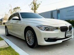 2014 BMW 320i Luxury รถเก๋ง 4 ประตู เบนซิน