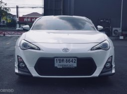 toyota 86  GT 2.0 coupe AT สีขาว2014