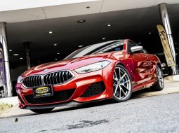 BMW 850Ci   เครื่องยนต์เบนซิน V8 ขนาด 4.4 ลิตร TwinPower Turbo (two TwinScroll Turbocharger)