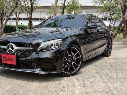 2019 Mercedes-Benz C220d Exclusive รถเก๋ง 4 ประตู