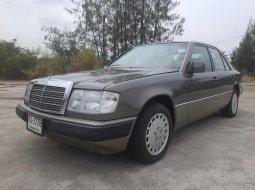 Mercedes Benz 300 E W 124 ปี 1991