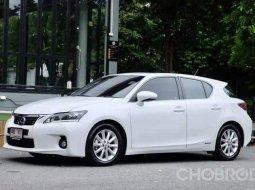 Lexus CT200h ปี 2012