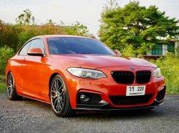 2015 BMW 220i M Sport รถเก๋ง 5 ประตู