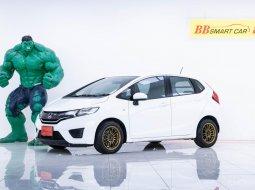 2M-123 Honda JAZZ 1.5 S รถเก๋ง 5 ประตู ปี 2014