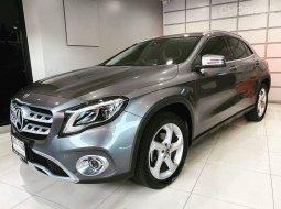 จองให้ทัน Mercedes Benz GLA200 URBAN 1.6 เทอร์โบ ปี 18 รถศูนย์มือเดียว
