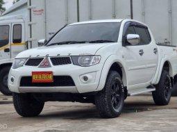 ขายรถมือสอง Mitsubishi Triton 2.4 MT GLX 4 ประตูสูง ปี 2012