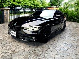 BMW 320d Sport LCi ดีเซลตัวใหม่ 190 แรงม้า Warranty ถึงสิ้นปี 2021