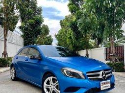 จองด่วน Benz A180 ปี 14 สีน้ำเงิน(แร๊ป)  ตัวรถสีขาวเดิม รถสวยพร้อมใช้