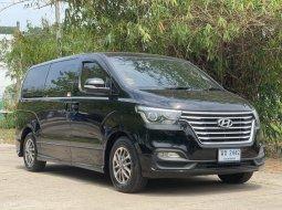 Hyundai H1 2.5 Elite ปี 2018 จด 2018