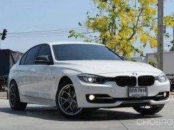2016 BMW 320i M Sport รถเก๋ง 4 ประตู