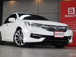 2018 Honda Accord 2.0 EL i-VTEC Sedan AT Model Minorchange เป็นรุ่นปรับโฉมใหม่หมดทั้งคันครับ B2254