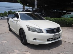 HONDA ACCORD 2.0E A/T 2010 WHITE ฎว-5816