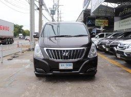 2016Hyundai H-1 2.5 Deluxe รถตู้/VAN มีรุ่นนี้ให้เลือกถึง 5คัน ไมล์ 90,000 km.