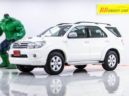 1R-72 TOYOTA FORTUNER 3.0 TRD 4WD เกียร์ AT ปี 2009