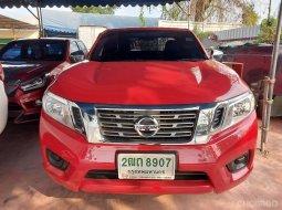 2018 Nissan Navara 2.5 E สีแดง