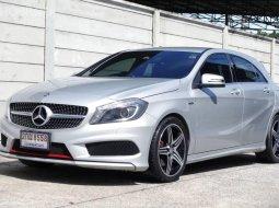 2014 Mercedes-Benz A250 Sport รถเก๋ง 5 ประตู