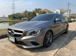 2016 Mercedes-Benz CLA180 รถเก๋ง 4 ประตู